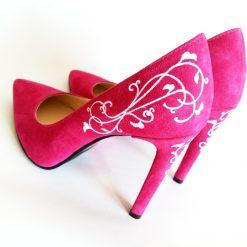 Pantofi pictati manual - fuchsia love
